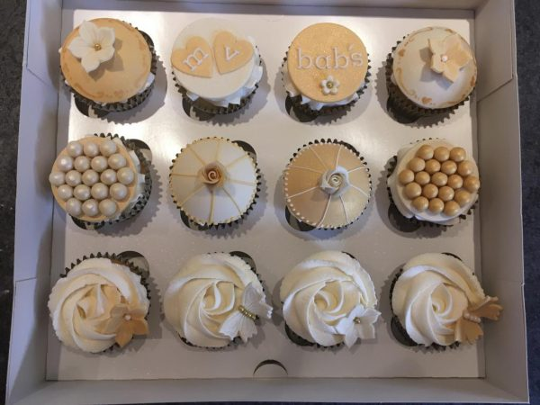Engagement cupcakes 2