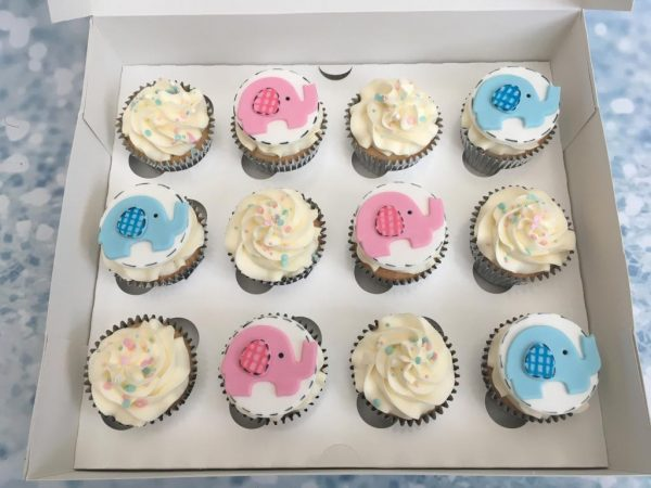 Baby shower elephant cupcakes