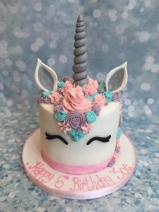 Unicorn head silve r and pink